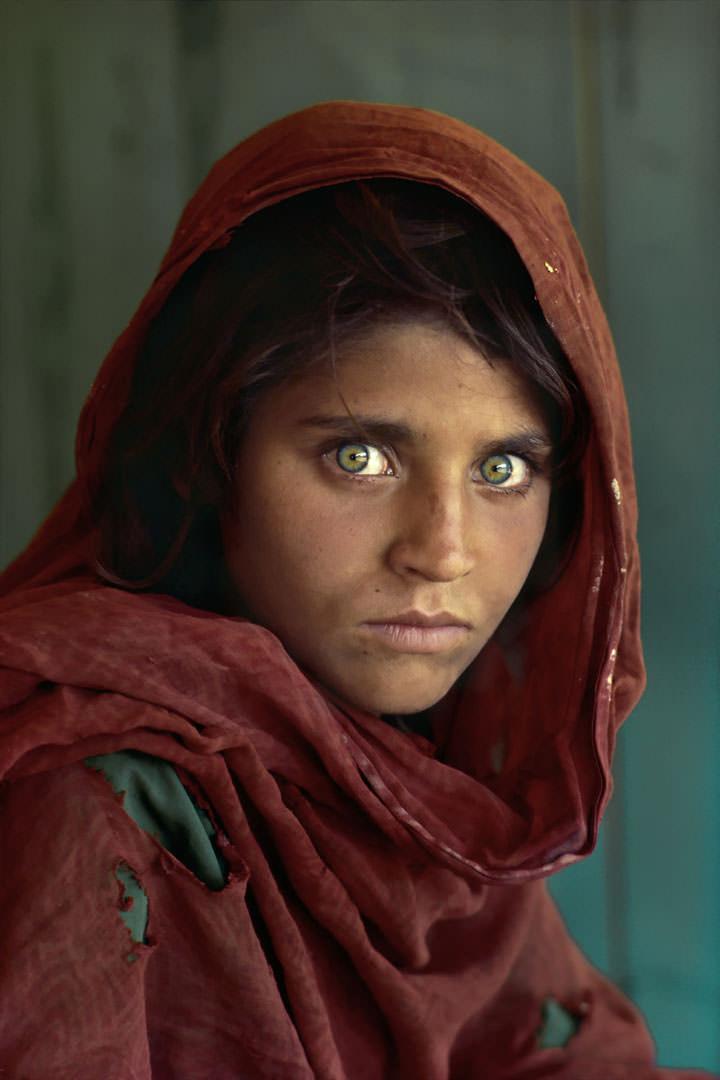 L'énigmatique afghane aux yeux verts