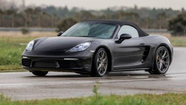 Des vocalises toujours aussi jouissives pour la Porsche 718 Boxster