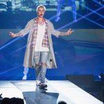 Ivre, Justin Bieber s'est produit sur scène en playback