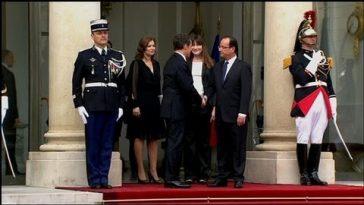 La passation de pouvoir à l'Elysée reste à l'esprit de Nicolas Sarkozy